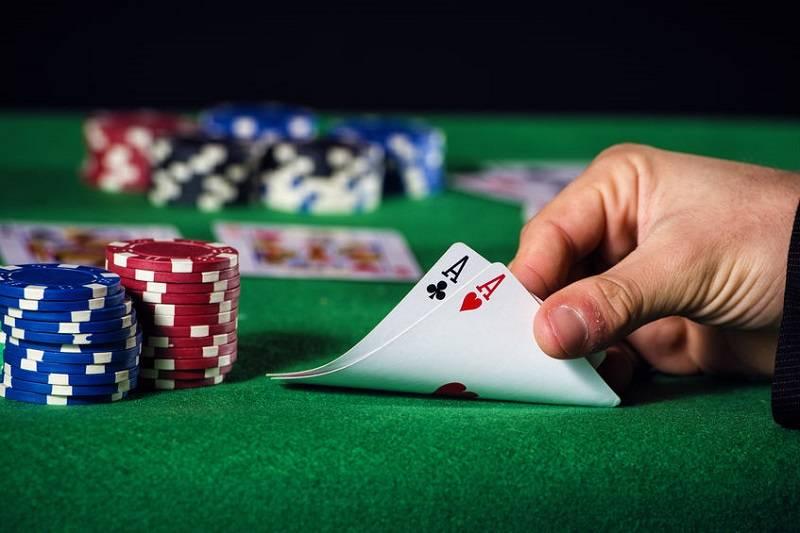 百家樂投注賺錢玩法-百家樂玩法看牌